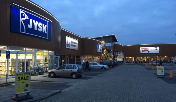 De Kade Eindhoven.Meubelboulevard Aan De Kade S Avonds In De Spotlights